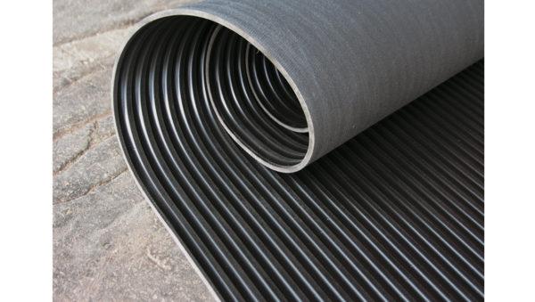 Dielektrický koberec š.1,3m/cena za bm